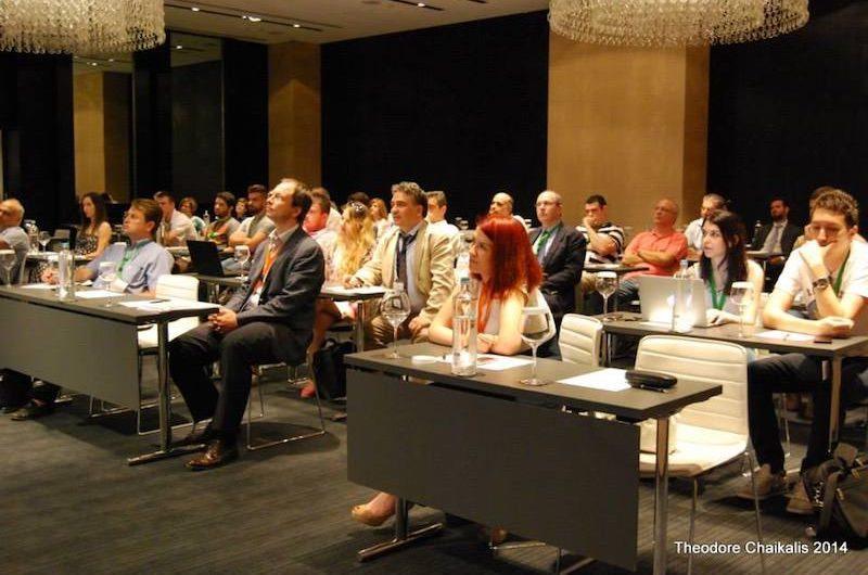 Το κοινό κατά την παρουσίαση του Onatros στο διαγωνισμό BEATit